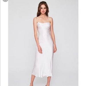 Stone cold fox white temptation gown
